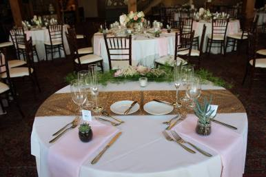 head_table_floral_2